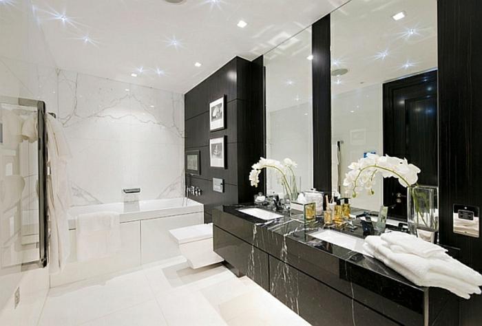 badezimmer-in-schwarz-und-weiß-moderne-deckenleuchten