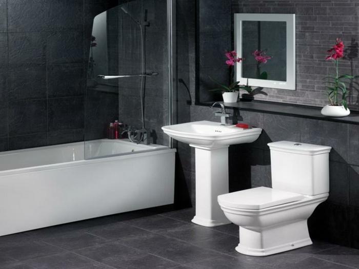 badezimmer-in-schwarz-und-weiß-schönes-bild-an-der-wand