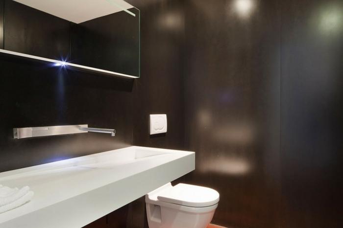 badezimmer-in-schwarz-und-weiß-sehr-cooles-aussehen