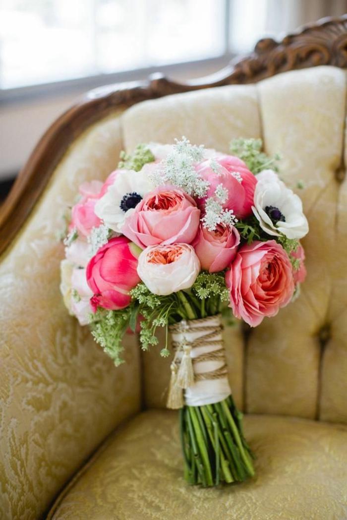 blumensträuße-mit-wunderschönen-blumen-dekoration-deko-mit-blumen-in-vielen-farben-blumenstrauß