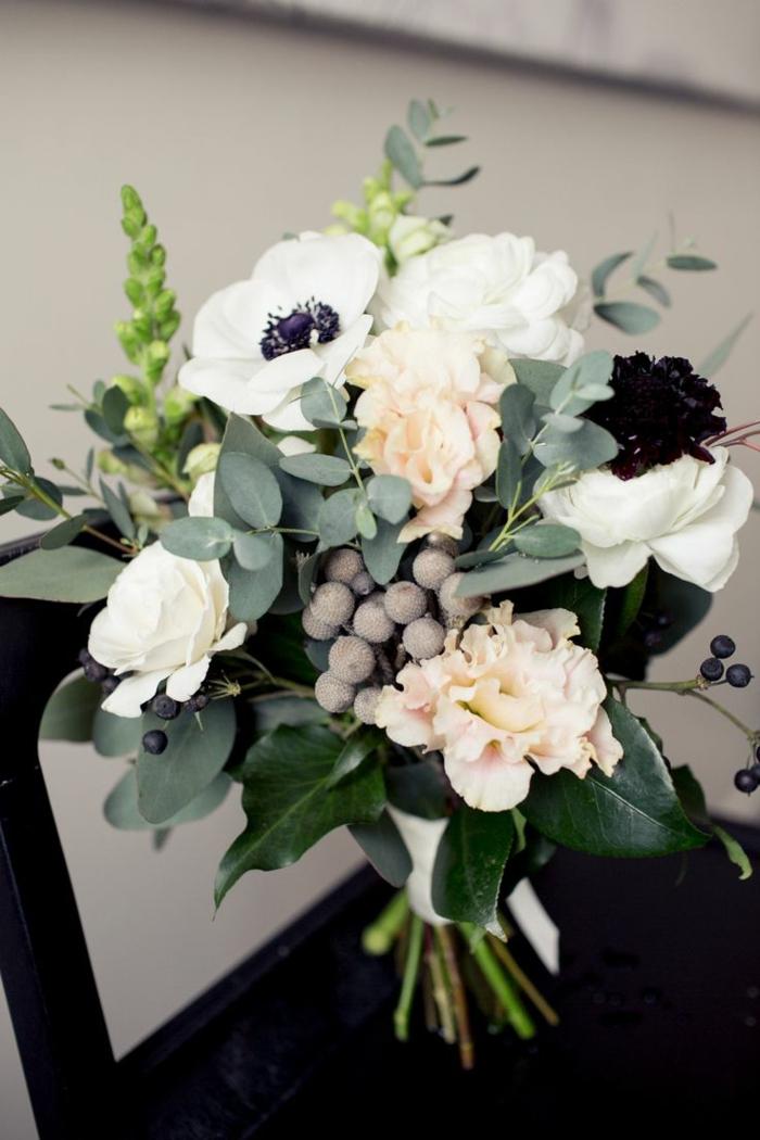 blumensträuße-mit-wunderschönen-blumen-dekoration-deko-mit-blumen-schöne-blumen