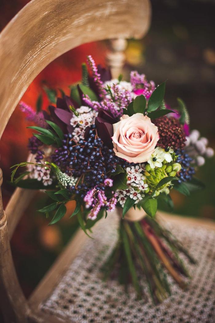 blumensträuße-mit-wunderschönen-blumen-dekoration-deko-mit-blumen--vintage-hochzeit blumenstrauß