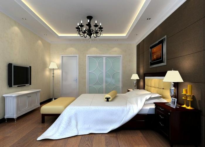 deckenbeleuchtung-für-schlafzimmer-elegante-weiße-bettwäsche