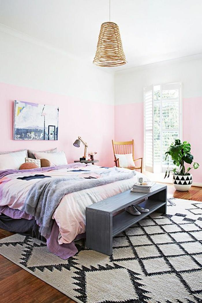 deckenbeleuchtung-für-schlafzimmer-sehr-gemütliches-ambiente-rosige-bettwäsche