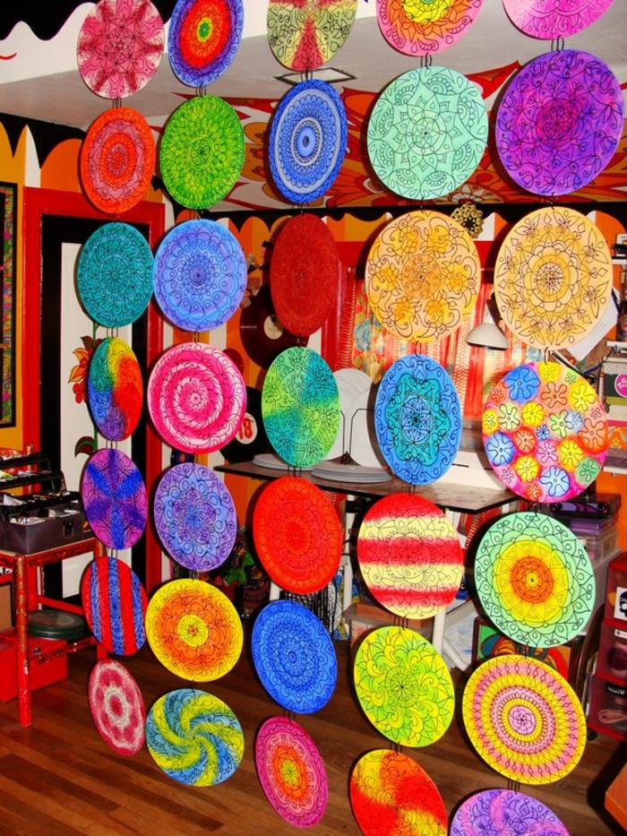 deko-mit-schallplatten-attraktive-bunte-farbschemen