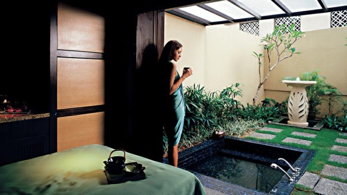 moderne und attraktive modelle von badewannen. Black Bedroom Furniture Sets. Home Design Ideas