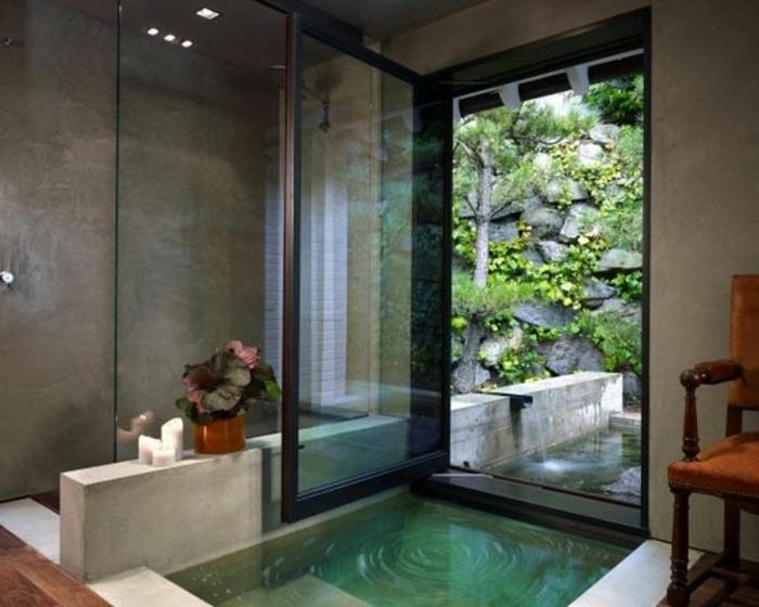eingelassene-badewanne-sehr-schönes-aussehen-große-türen