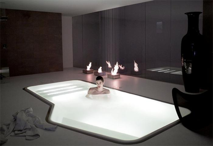 eingelassene-badewanne-weißes-modell