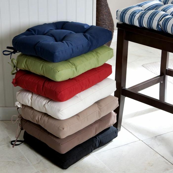 -farbige-kissen-stuhlauflagen-sitzkissen-für-stühle-schöne-kissen