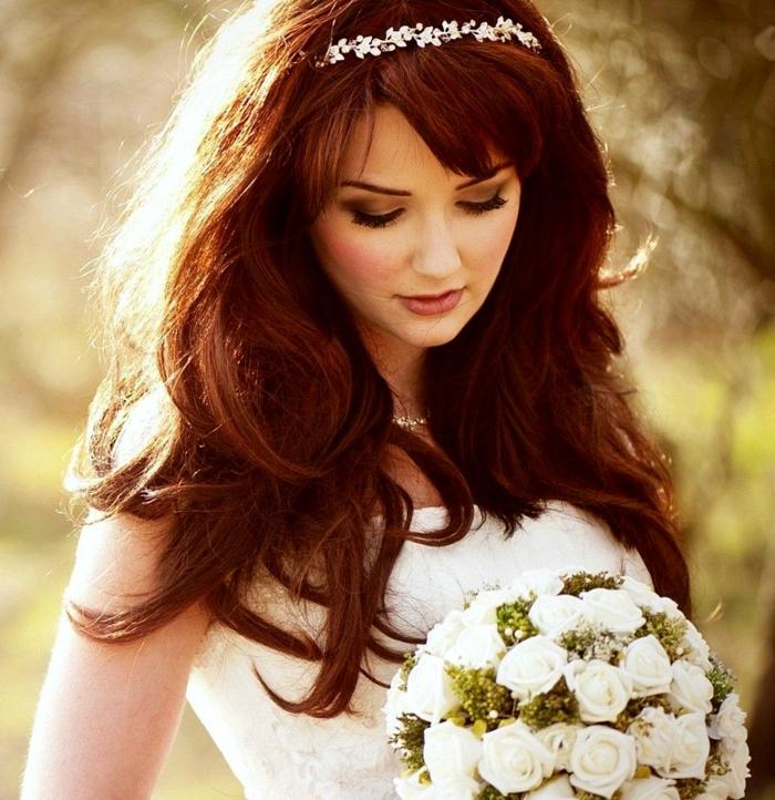 frisuren-mit-haarband-sehr-romatisch-aussehen
