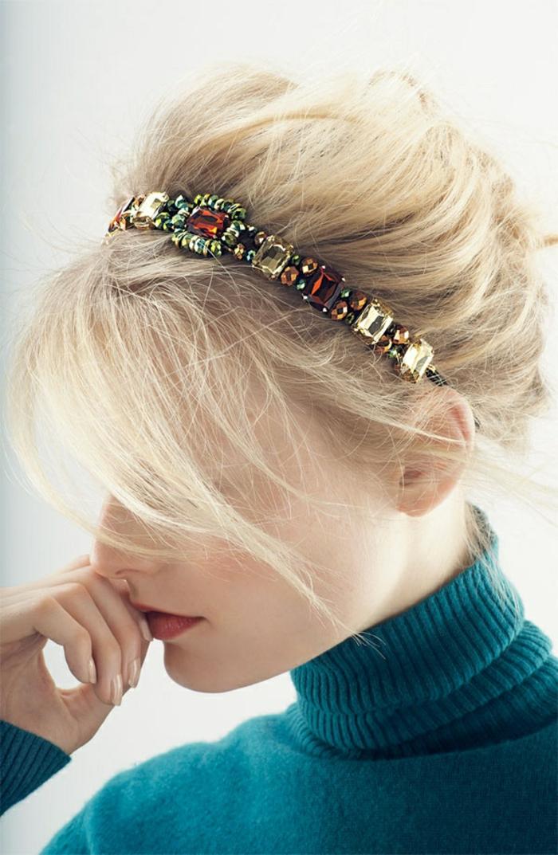 frisuren-mit-haarband-sehr-schöne-dekorative-steine