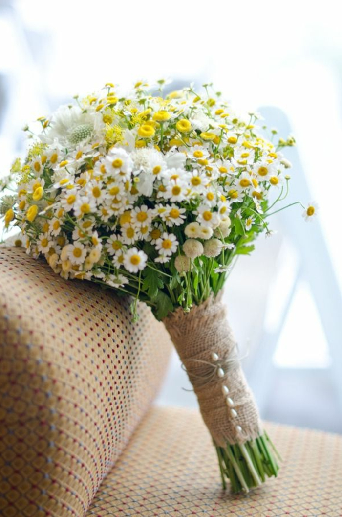 gänseblümchen-deko-blumensträuße-mit-wunderschönen-blumen-dekoration-deko-mit-blumen