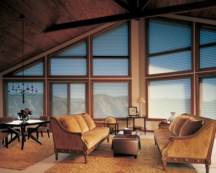gardinen-für-dreiecksfenster-sehr-attraktives-design