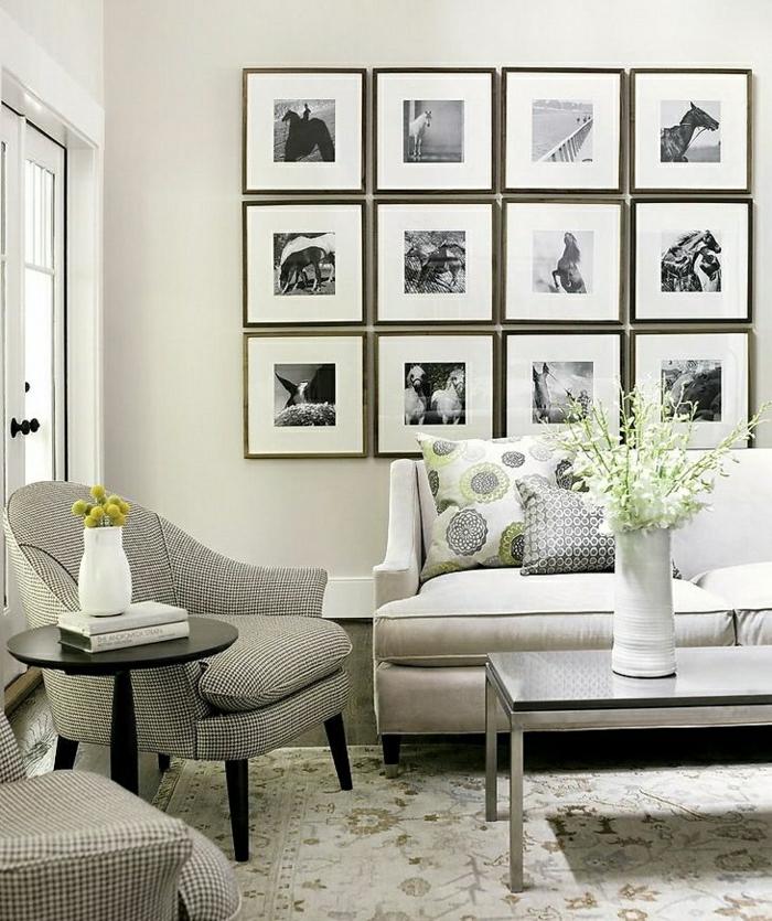 gemütliches-Wohnzimmer-schwarz-weiße-moderne-Wandbilder-Pferde