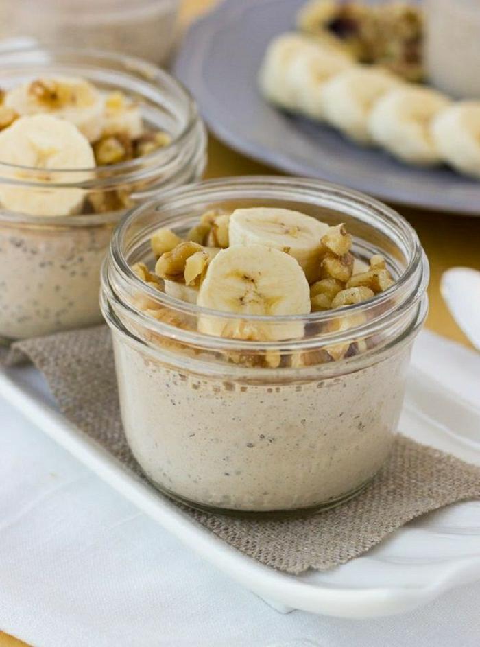 gesundes-Frühstück-Haferflocken-Banane-Protein