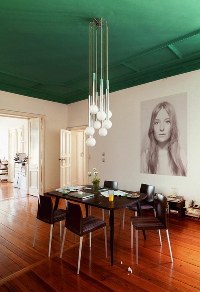 Grune Farbe Feuerwerk : grünewandfarbegroßesinteressantesbildanderwandimesszimmer