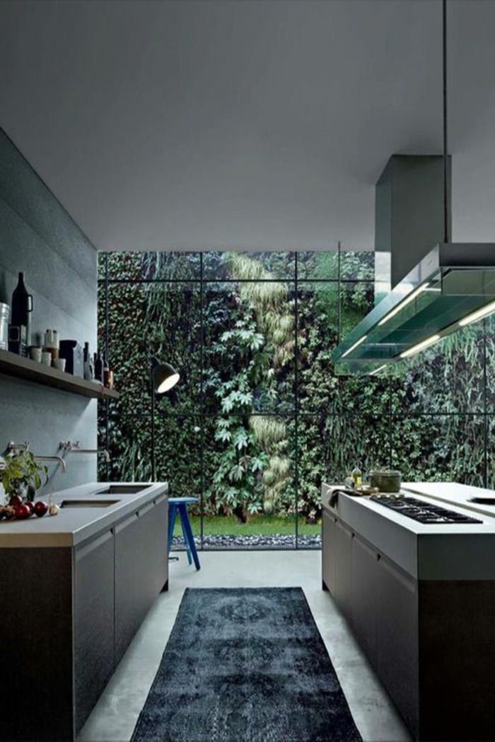 grüne-wandfarbe-ultramodernes-design-von-küche
