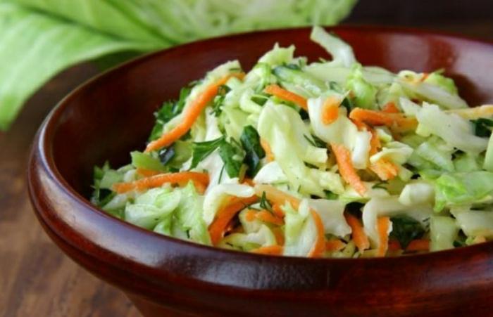 griechischer-Salat-Lachanosalata