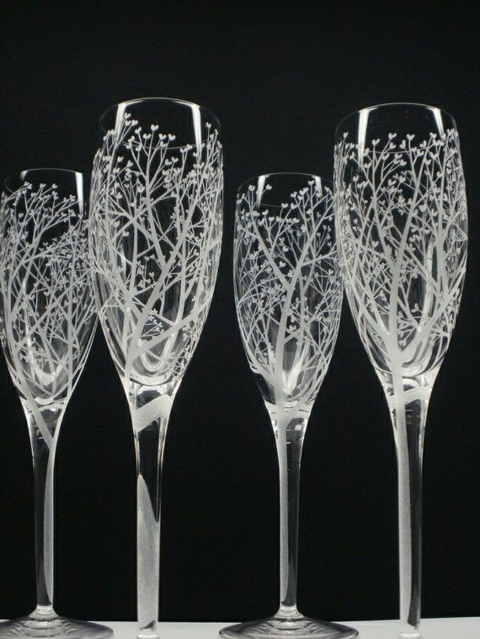 Etched Bubbles On Glasses