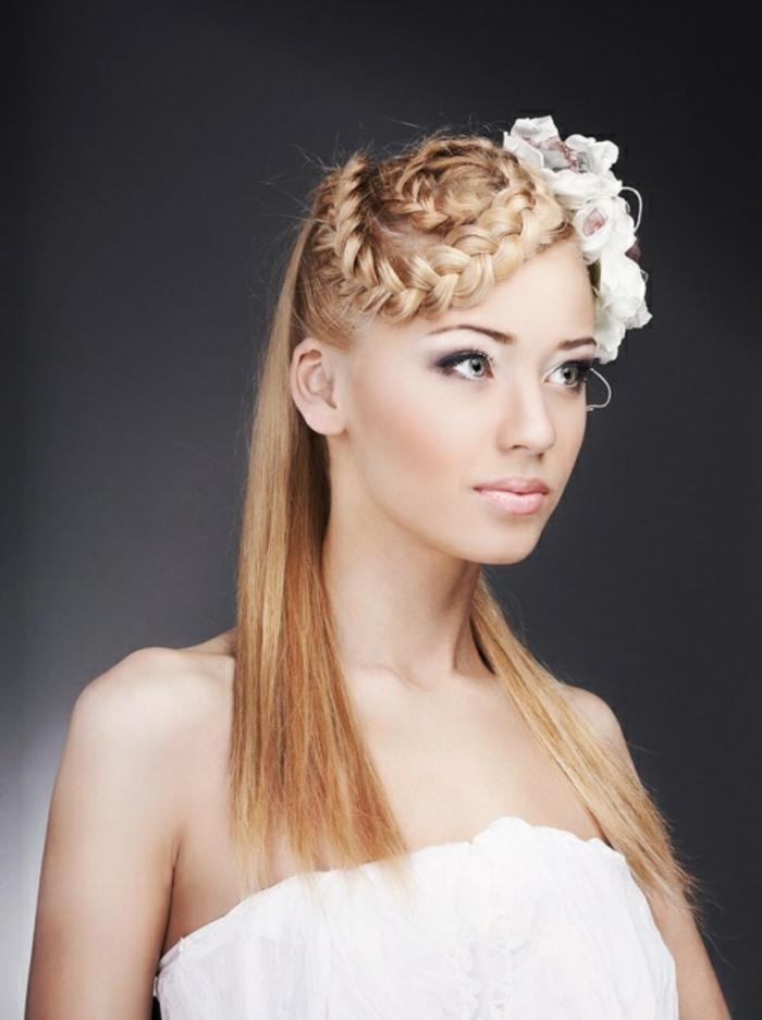 hochzeitsfrisuren-für-lange-haare-elegante-blonde-braut