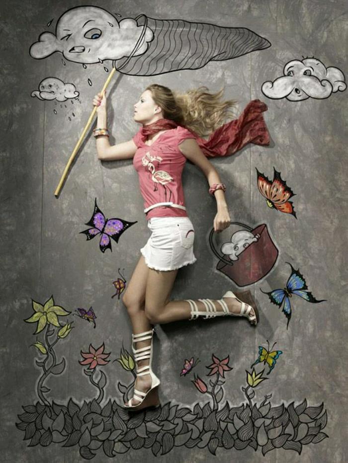 kreativ-Mädchen-Kreide-Bode-Zeichnung