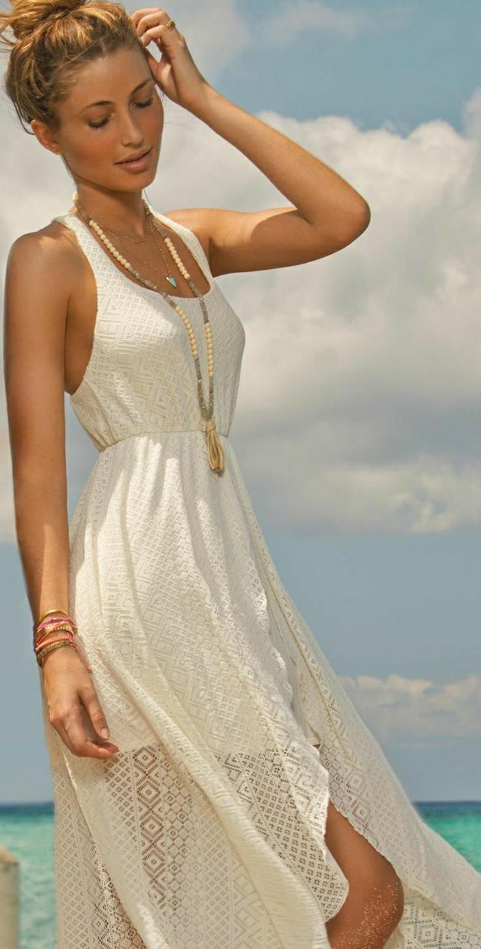 langes-Sommerkleid-Strand-trendy