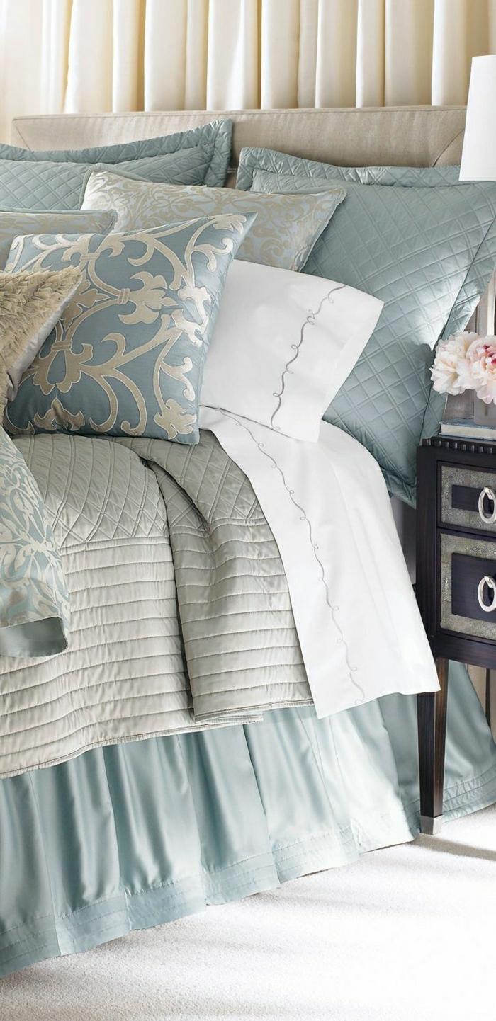 luxuriöse-Bettwäsche-blau-beige-silber-Ornamente
