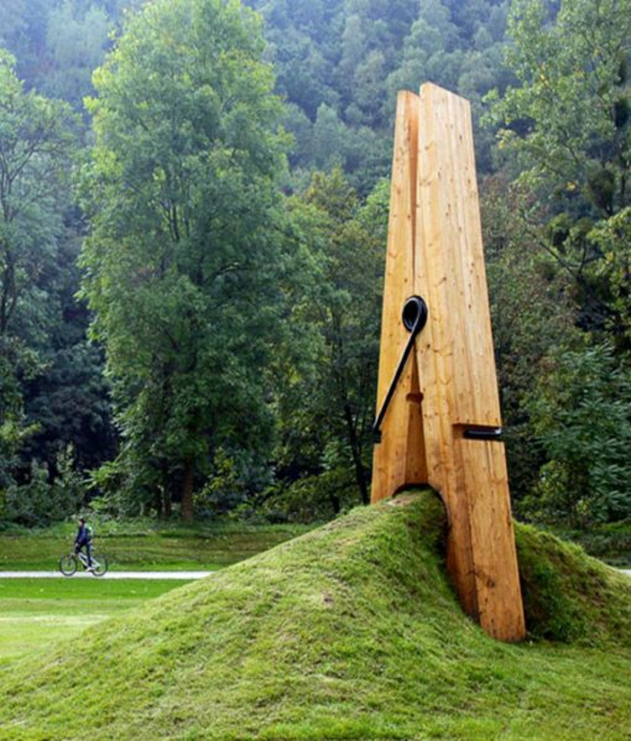 moderne-Skulpturen-Holz-Wäscheklammer