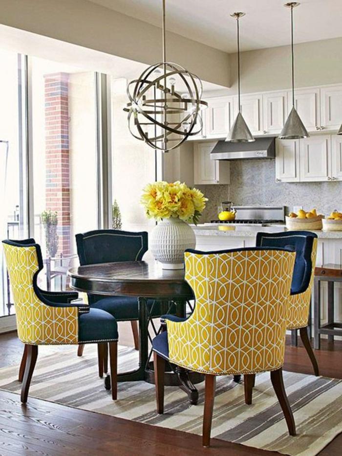 moderne-essecken-gelbe-stühle