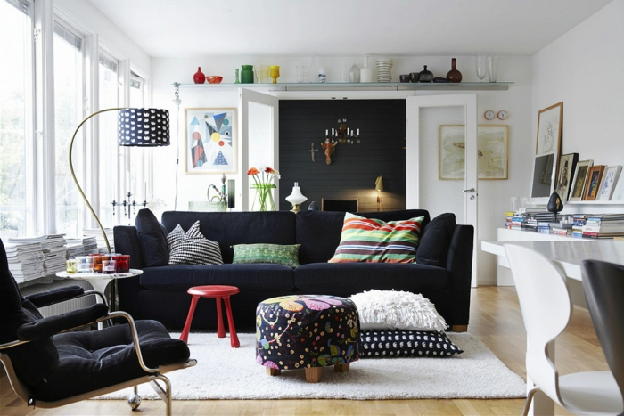 moderne inneneinrichtung wohnzimmer:moderne-inneneinrichtung-schwarzes-modell-vom-sofa