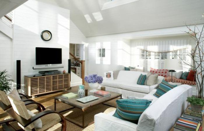 moderne-inneneinrichtung-weißes-interieur