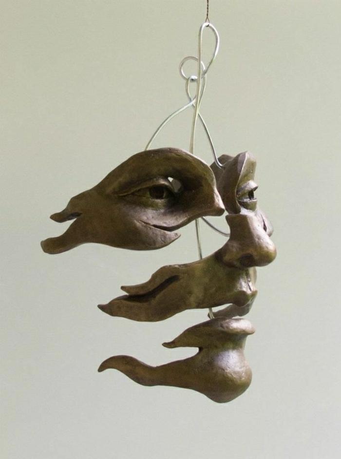 moderne-symbolhafte-Skulpturen-Gesicht