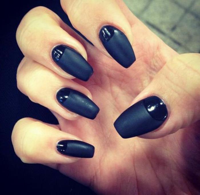 nageldesign-in-schwarz-super-elegantes-und-schickes-design