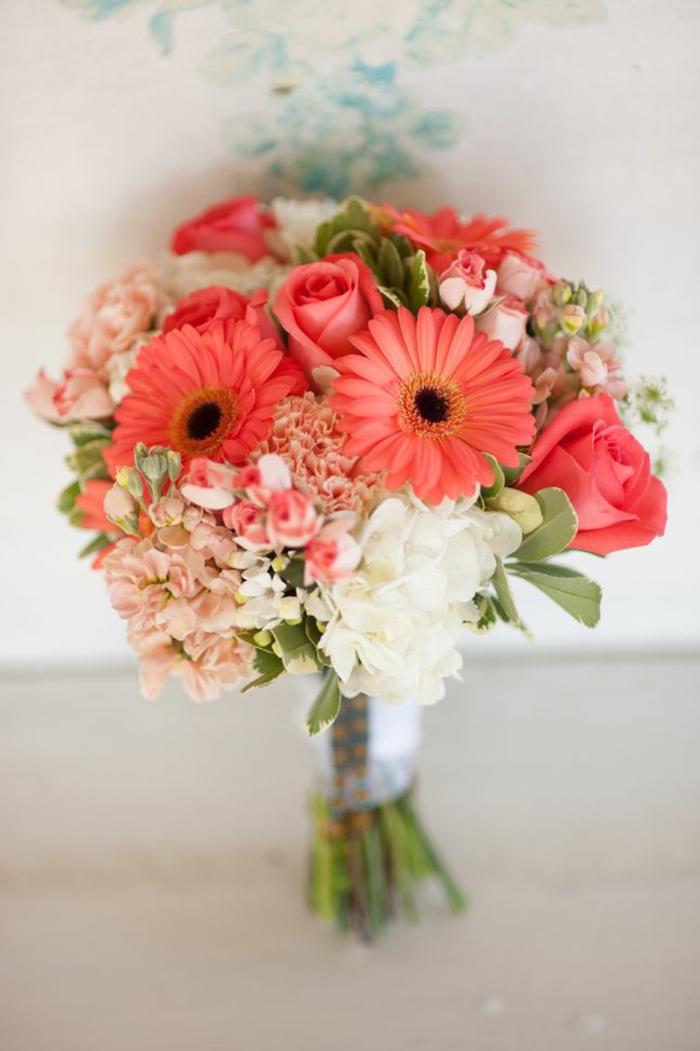 -orange-gerbera-blumensträuße-mit-wunderschönen-blumen-dekoration-deko-mit-blumen