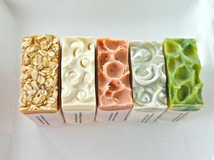 organische-handgemachte-Seifen-Süßigkeiten