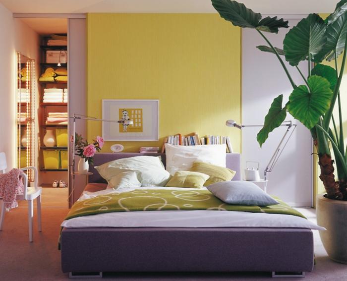 Schlafzimmer einrichten graues bett m belideen for Graues holzbett