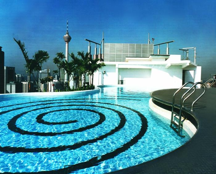pool-bilder-cooles-rundes-modell