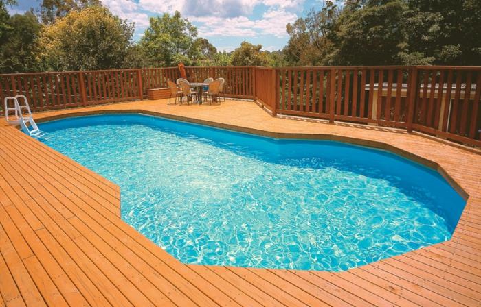 pool-bilder-einmaliges-design-attraktive-form