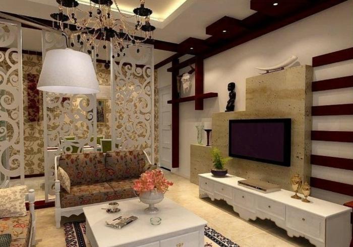 raumtrenner-aus-holz-gemütliches-wohnzimmer