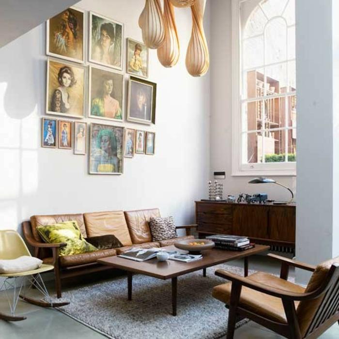 vintage bilder wohnzimmer:wohnen vintage – kleines retro wohnzimmer mit leder-möbel