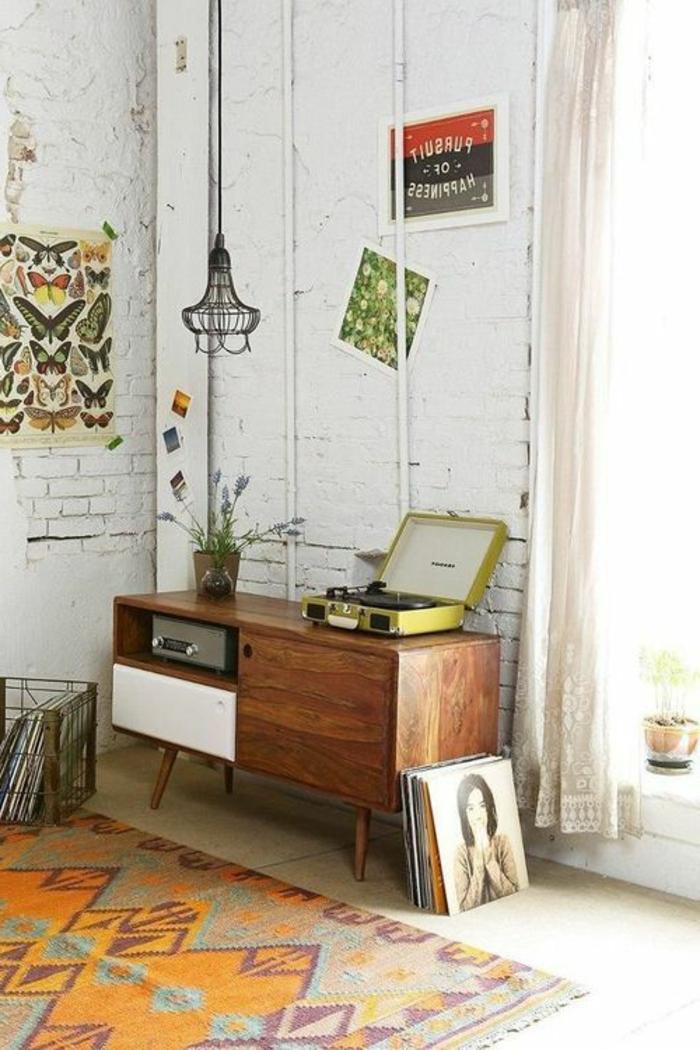 retro farben wohnzimmer:interessantes retro wohnzimmer – hölzerne möbel – wohnen in vintage