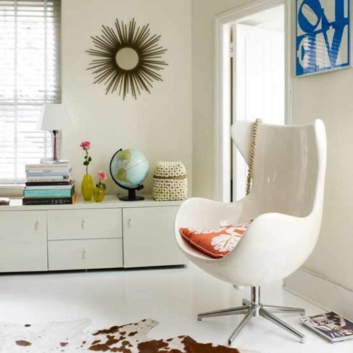 retro farben wohnzimmer:retro-wohnzimmer-sessel-in-weiß – vintage wohnen