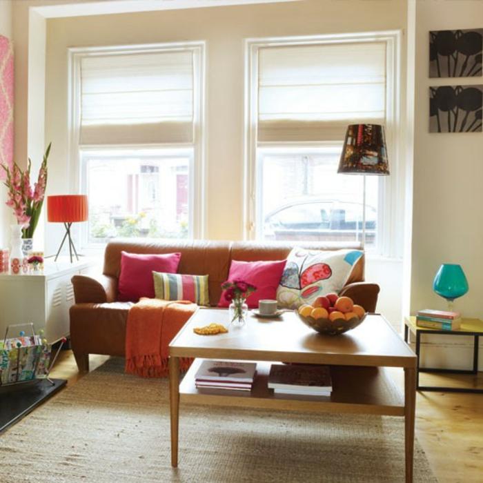 retro-wohnzimmer-weiße-jalousien - vintage wohnen