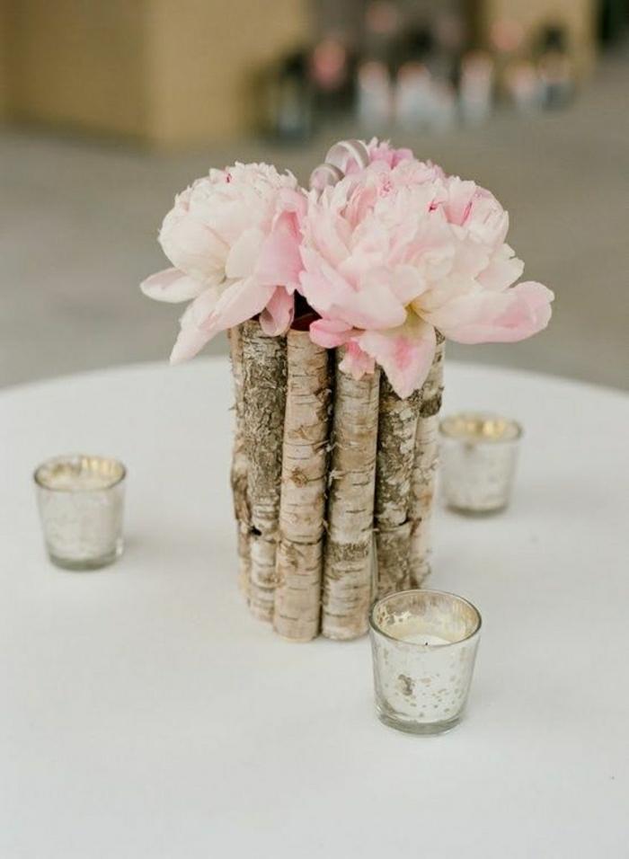 rustikale-Hochzeit-Dekoration-Blumen-hölzerne-Vase-Kerzen