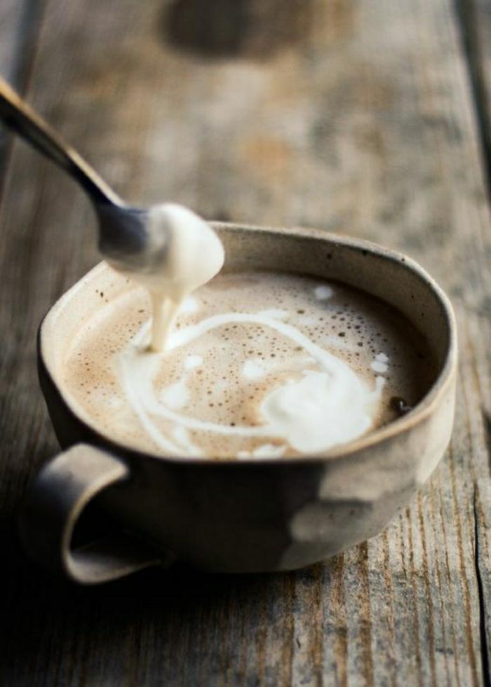 schöne-Vintage-Cappuccino-Tasse