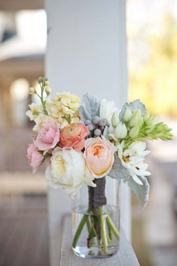 schöne-blumen-blumensträuße-mit-wunderschönen-blumen-dekoration-deko-mit-blumen