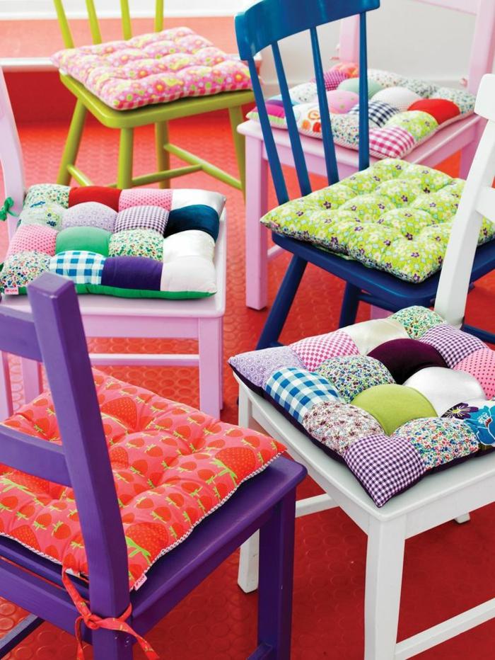 -schöne-sitzkissen-für-stühle-bunte-kissen-stuhlauflagen-stuhlkissen
