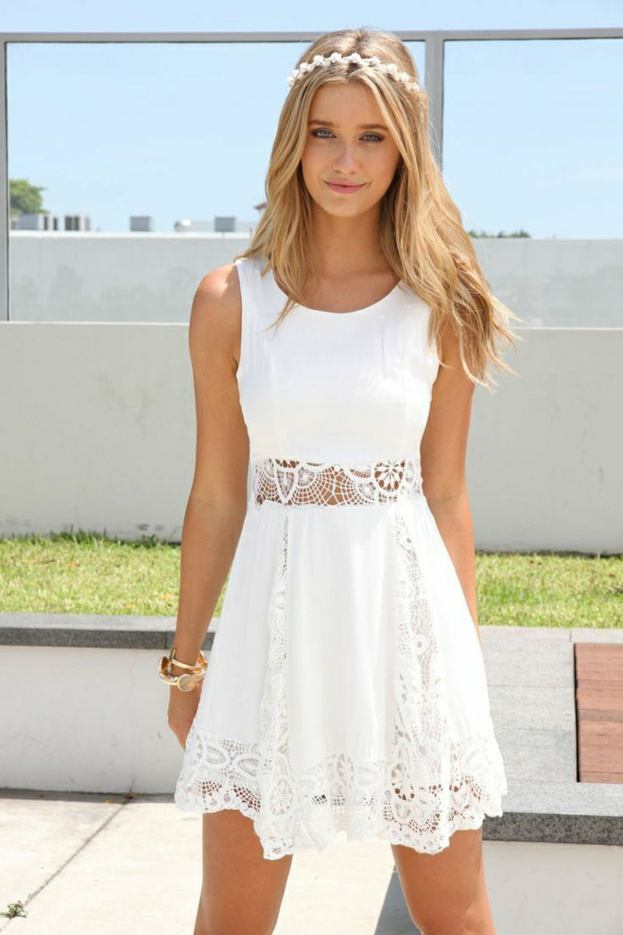 schöne-Sommerkleider-weiß-Spitze