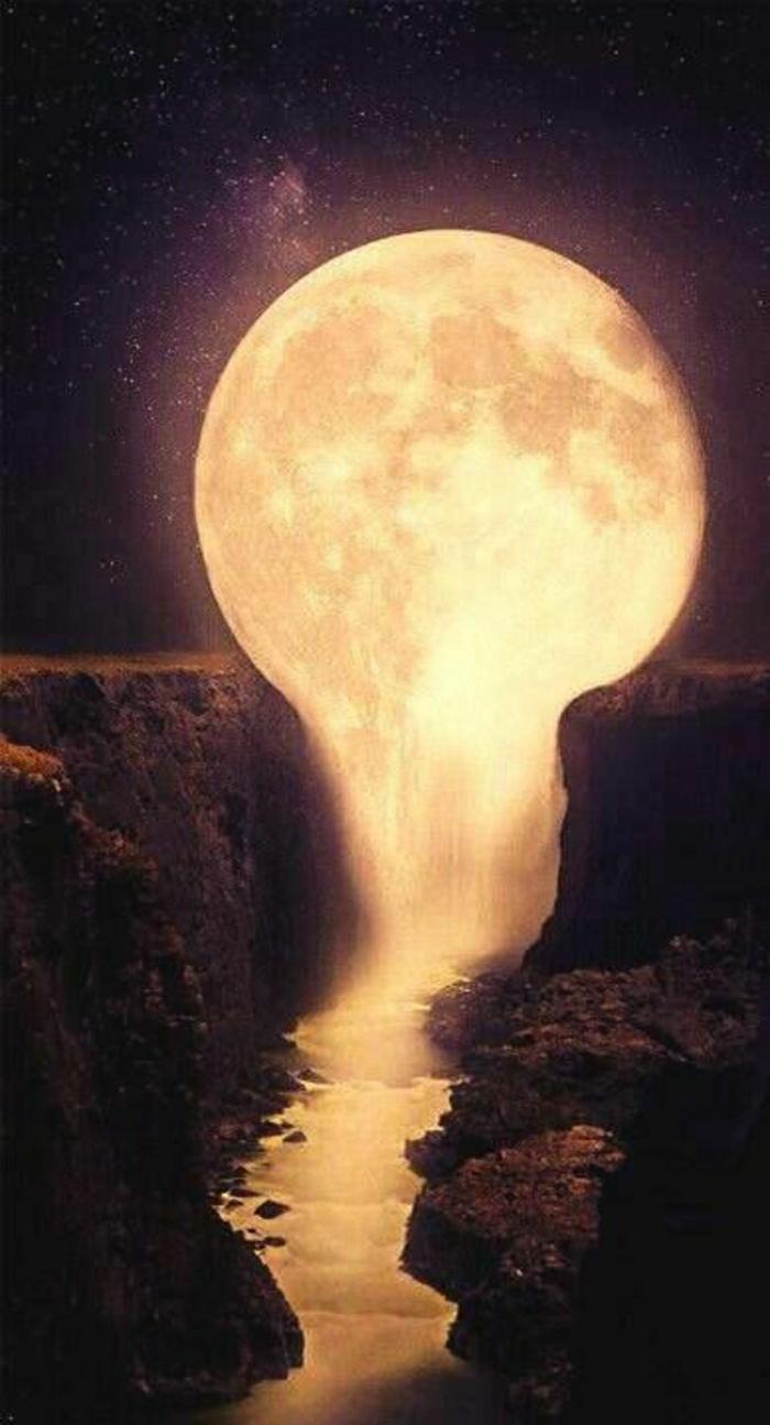 schmelzender-Mond-Fluss