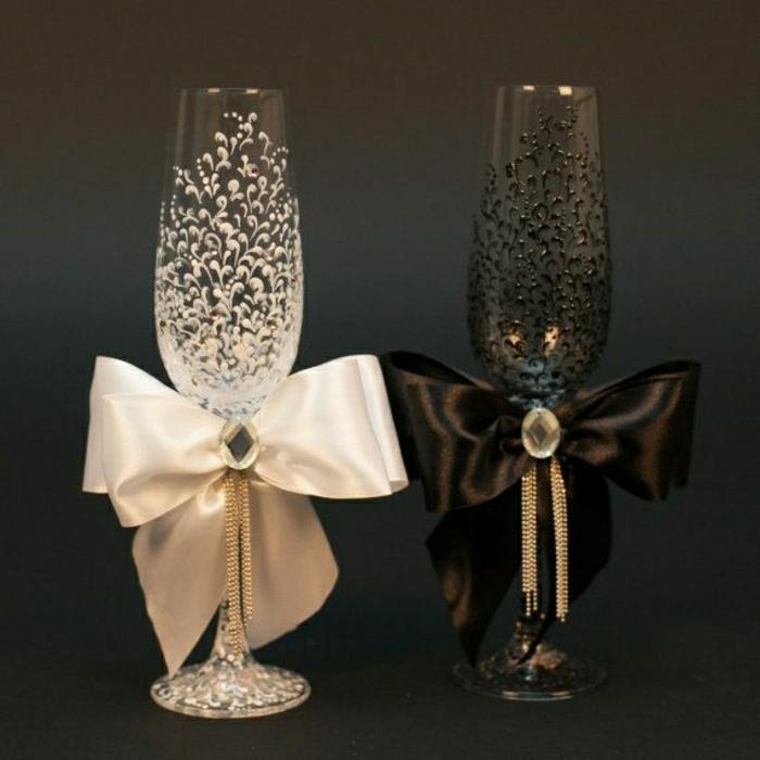 schwarz-und-weiß-Hochzeitsgläser-Bänder